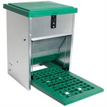 560048-feedomatic-poultry-feeder-with-footboard-5kg.jpg