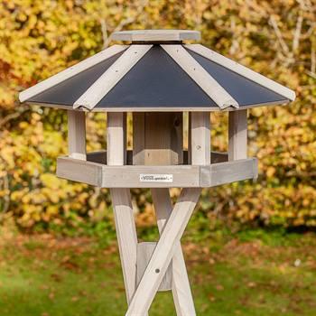 """Fågelbord """"Norje""""- högvärdigt fågelhus inkl. stativ, VOSS.garden"""