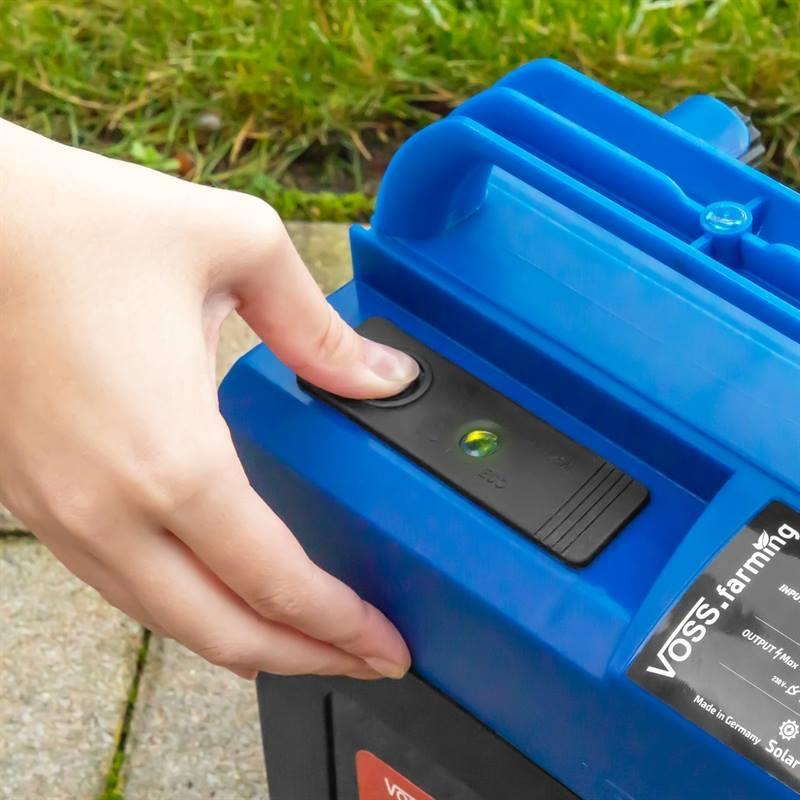 42011-stängselapparat-extra-power-9volt-voss-farming-batteriaggregat-led-panel-strömbrytare.jpg