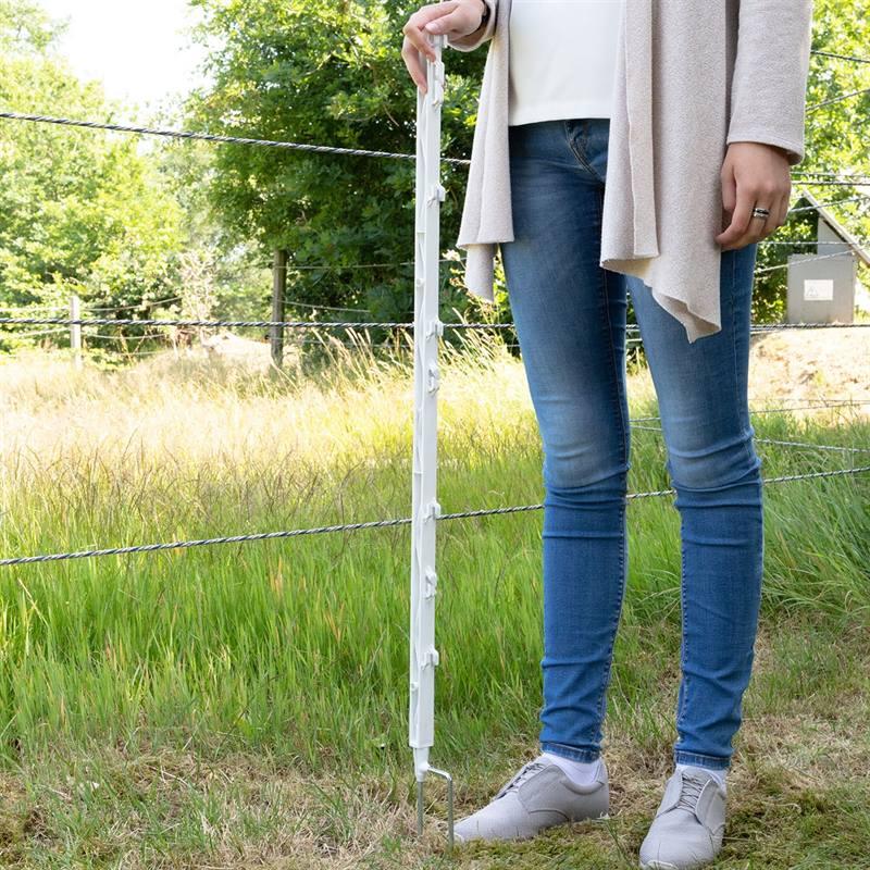 42177-7-20-voss-farming-weidezaunpfaehle-103cm-8-oesen-2-Spitzen-weiss.jpg