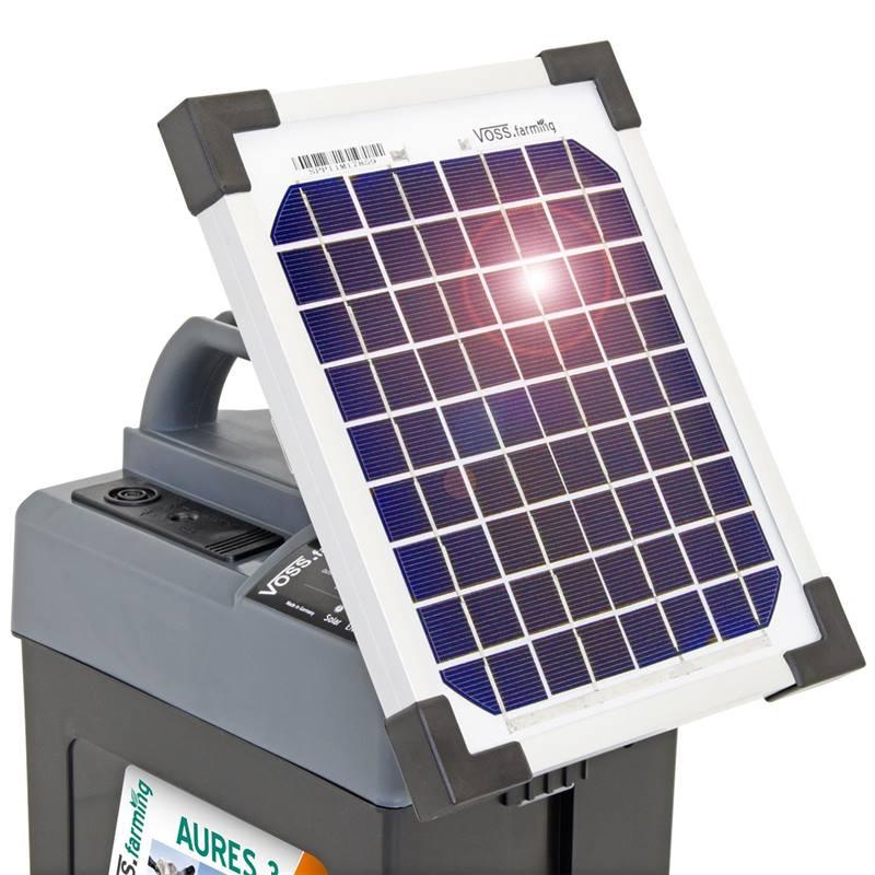 43855-9v-solar-energiser-voss_farming-aures-3-4.jpg