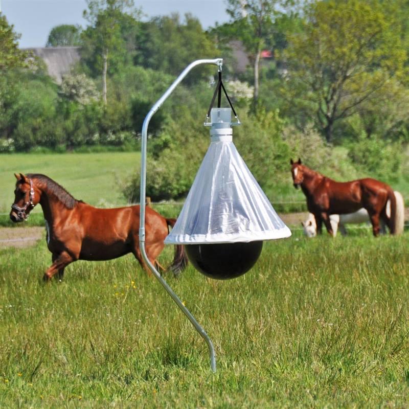 45470-voss-farming-horse-fly-trap-horsefriend-10.jpg