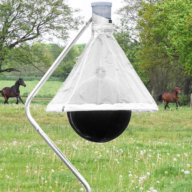 45478-1-voss.farming-tabanus-trap-edge-horsefly-gadfly-trap.jpg