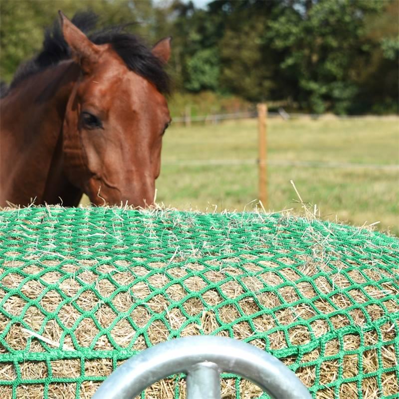 504600-voss-farming-heunetz-rundballennetz-pferde-und-ponys.jpg