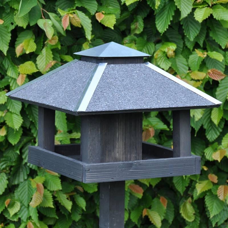 930123-bird-feeder-vejers-2.jpg