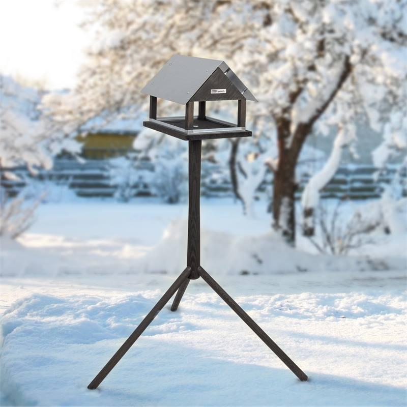 930127-4-fagelbord-fagelmatning-voss-garden-paris.jpg