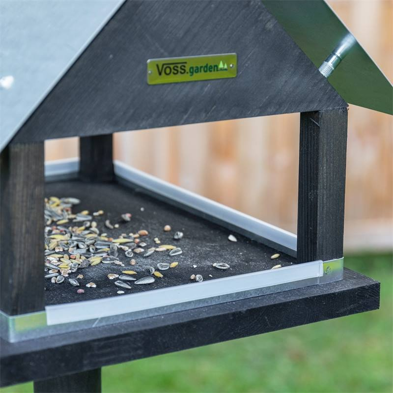 930127-6-voss-garden-fagelbord-stolpe-paris.jpg