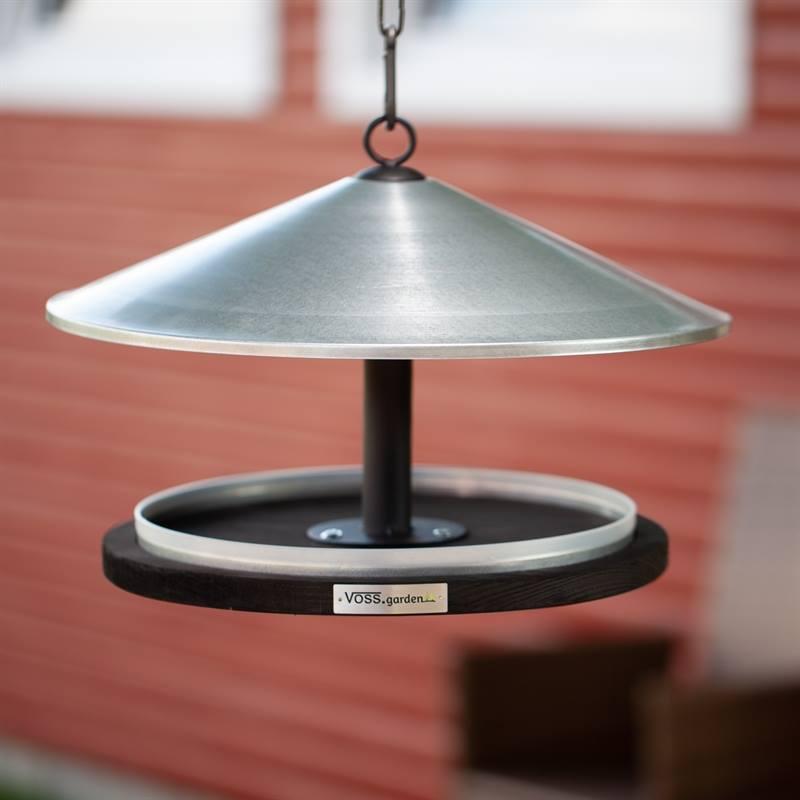 930132-6-fågelbord-skagen-fågelhus-och fågelmatare-från-voss.garden.jpg
