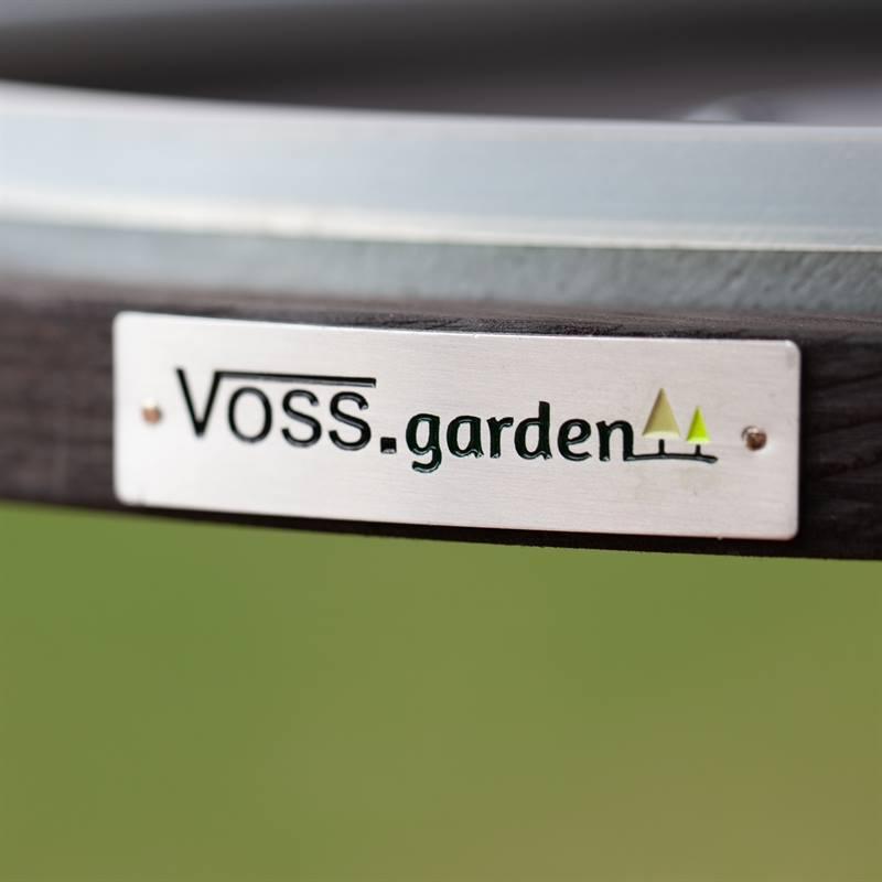 930132-9-fågelmatare-voss.garden-fågelbord-i-utmärkt-kvalitet.jpg