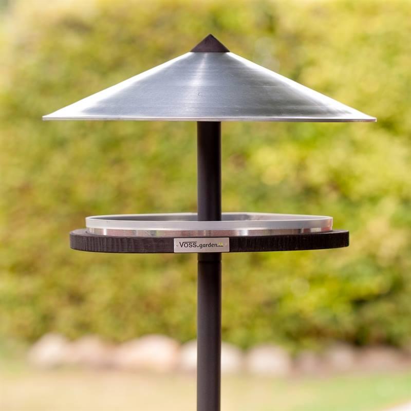 930133-5-fågelhus-skagen-fågelbord-inkl.stativ.jpg