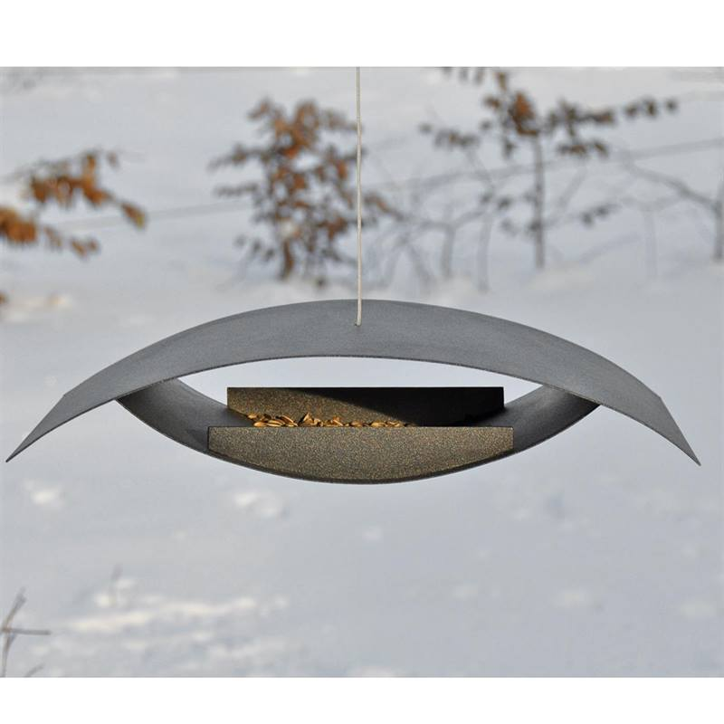 930140-bird-feeder-seagull-01.jpg