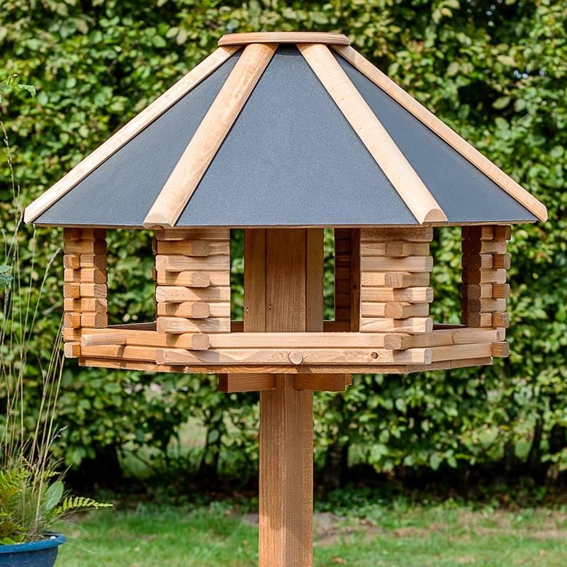 930300-6-fågelbord-utan-stolpe-eller-fågelbord-på-stolpe-voss.garden.jpg