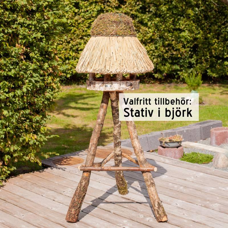 930412-8-fågelbord-på-stolpe-valfritt-stativ-i-björk.jpg
