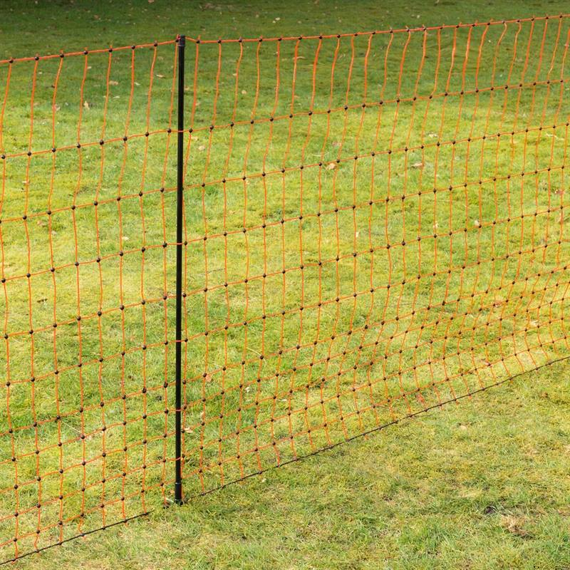 voss.farming-farmnet-gefluegelnetz-112cm-orange-aufgebaut.jpg